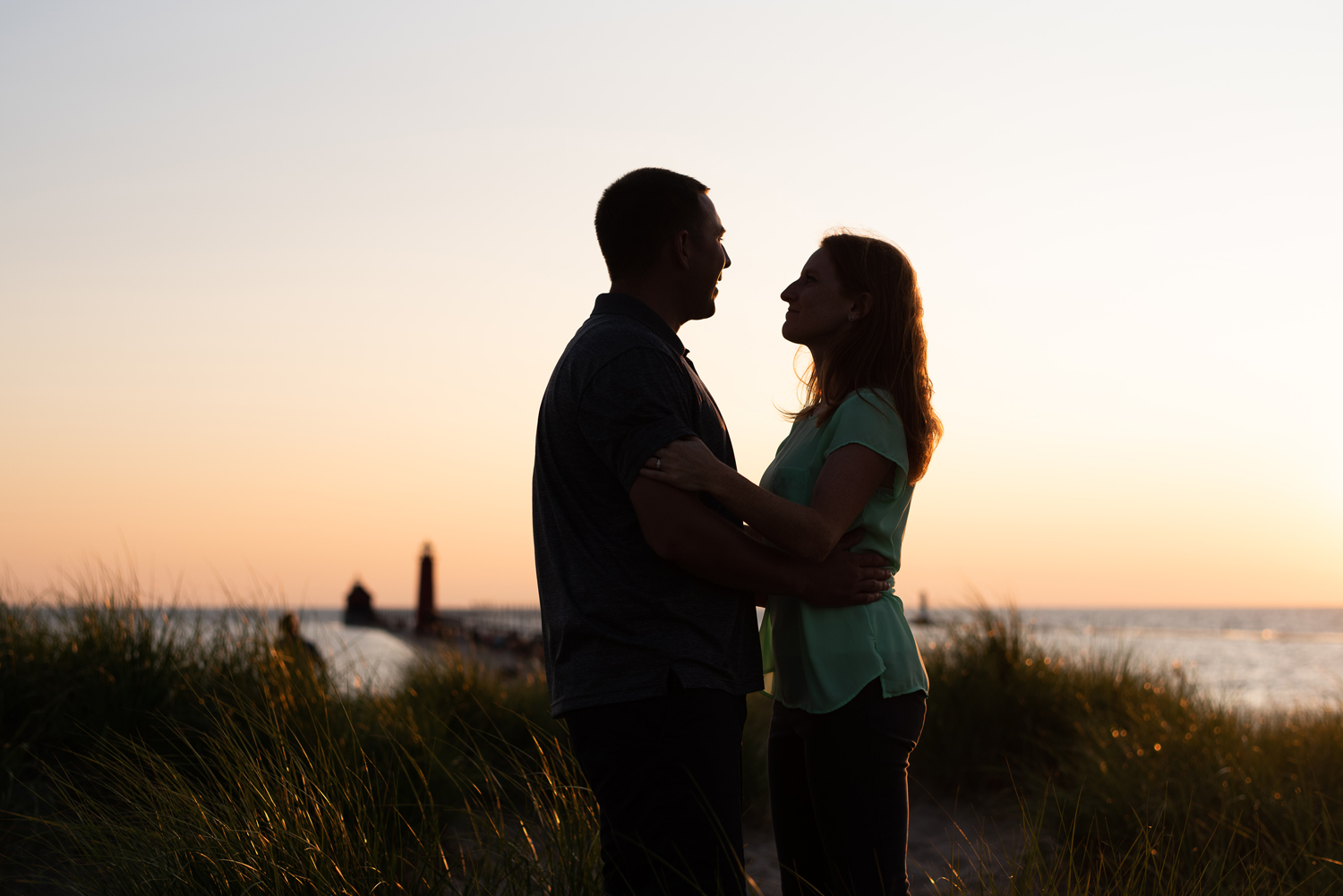 grand-haven-michigan-engagement-session (97).jpg