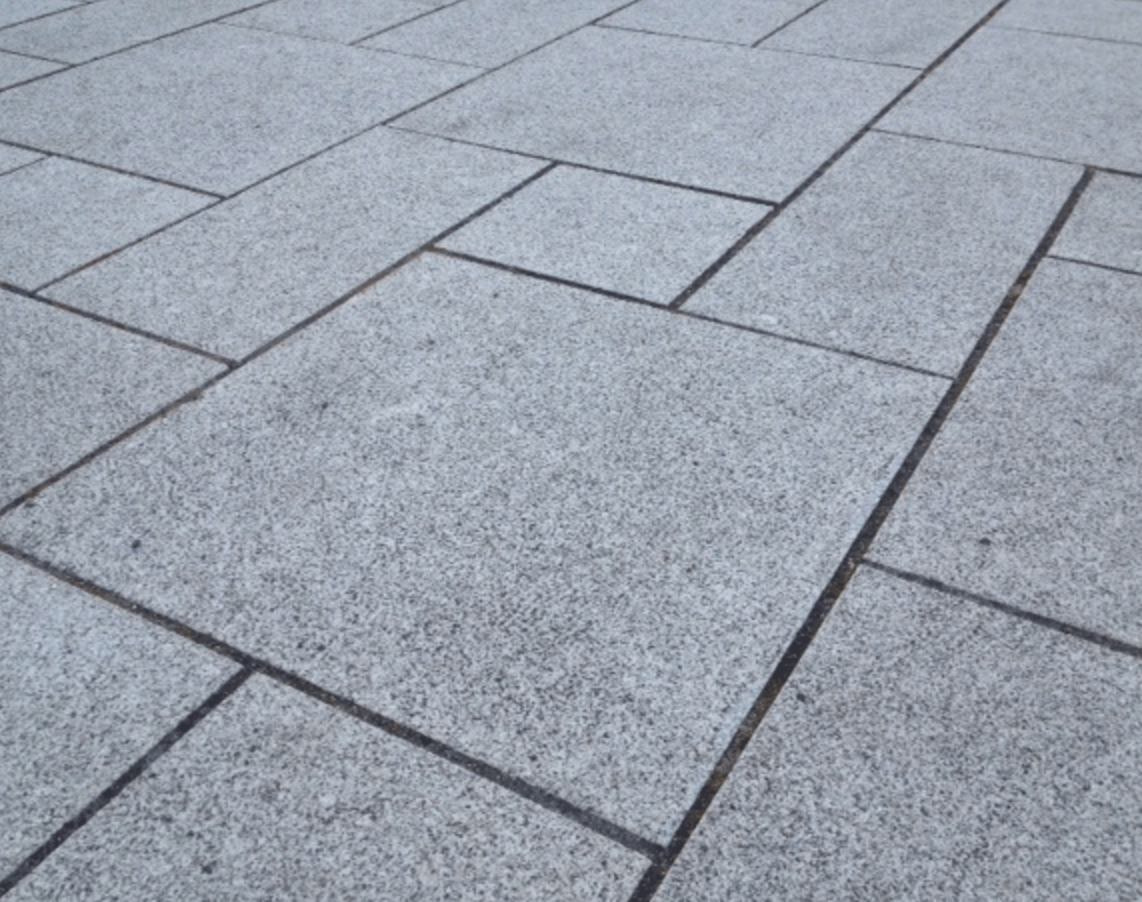 Choosing Weather Resistant Paving Stones for a Bergen County, NJ, Home