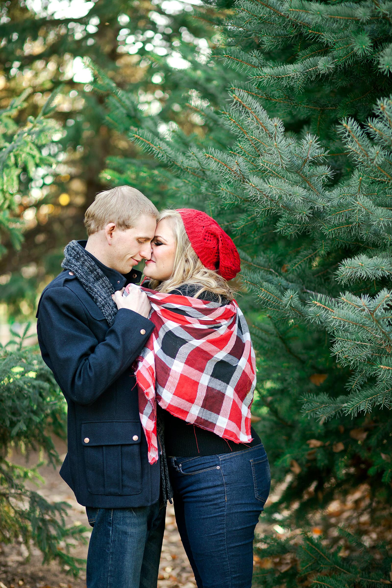 couples_christmas_card_idea_003.jpg