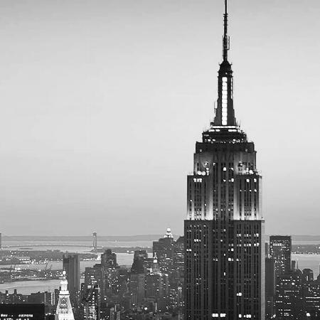 new-york-city-skyline-at-dusk-zo-cf1a9c35.jpg