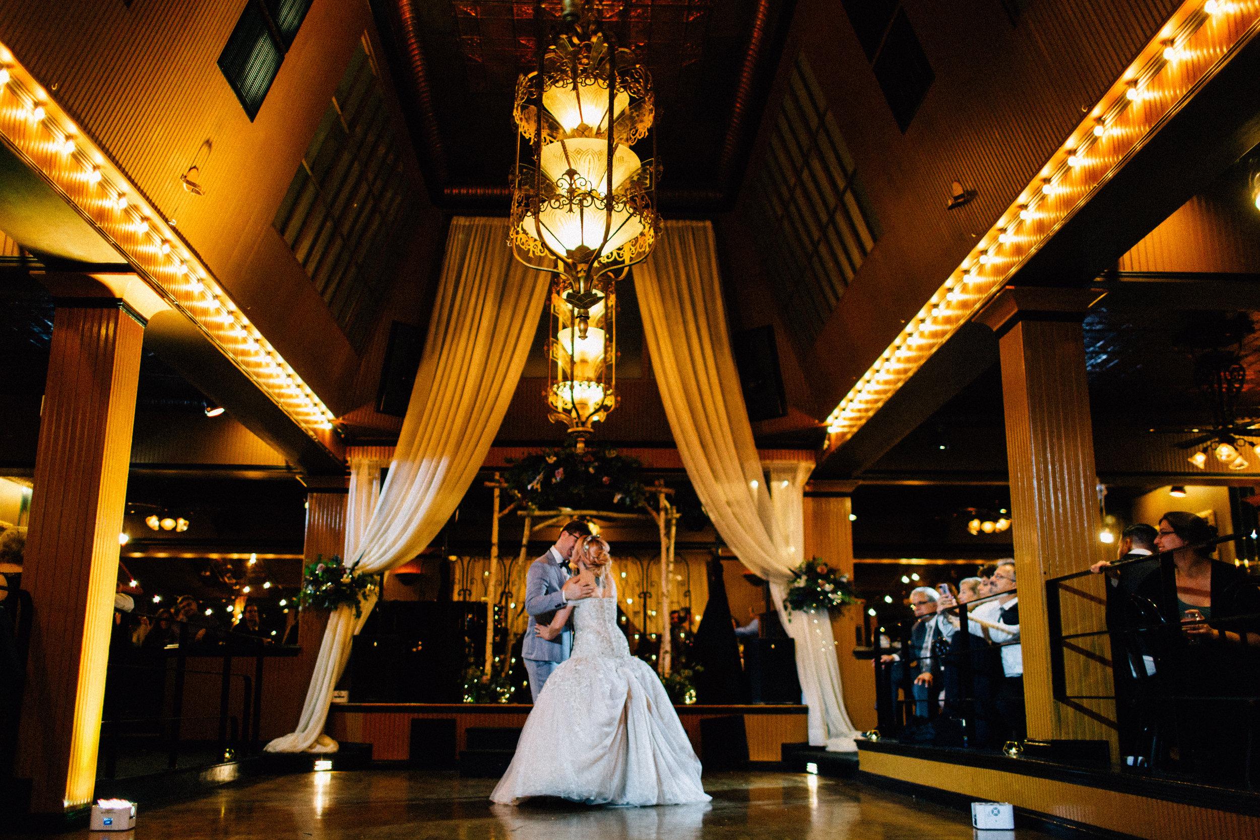 Abram-Jenn-Lake-Union-Cafe-Wedding-8106.jpg