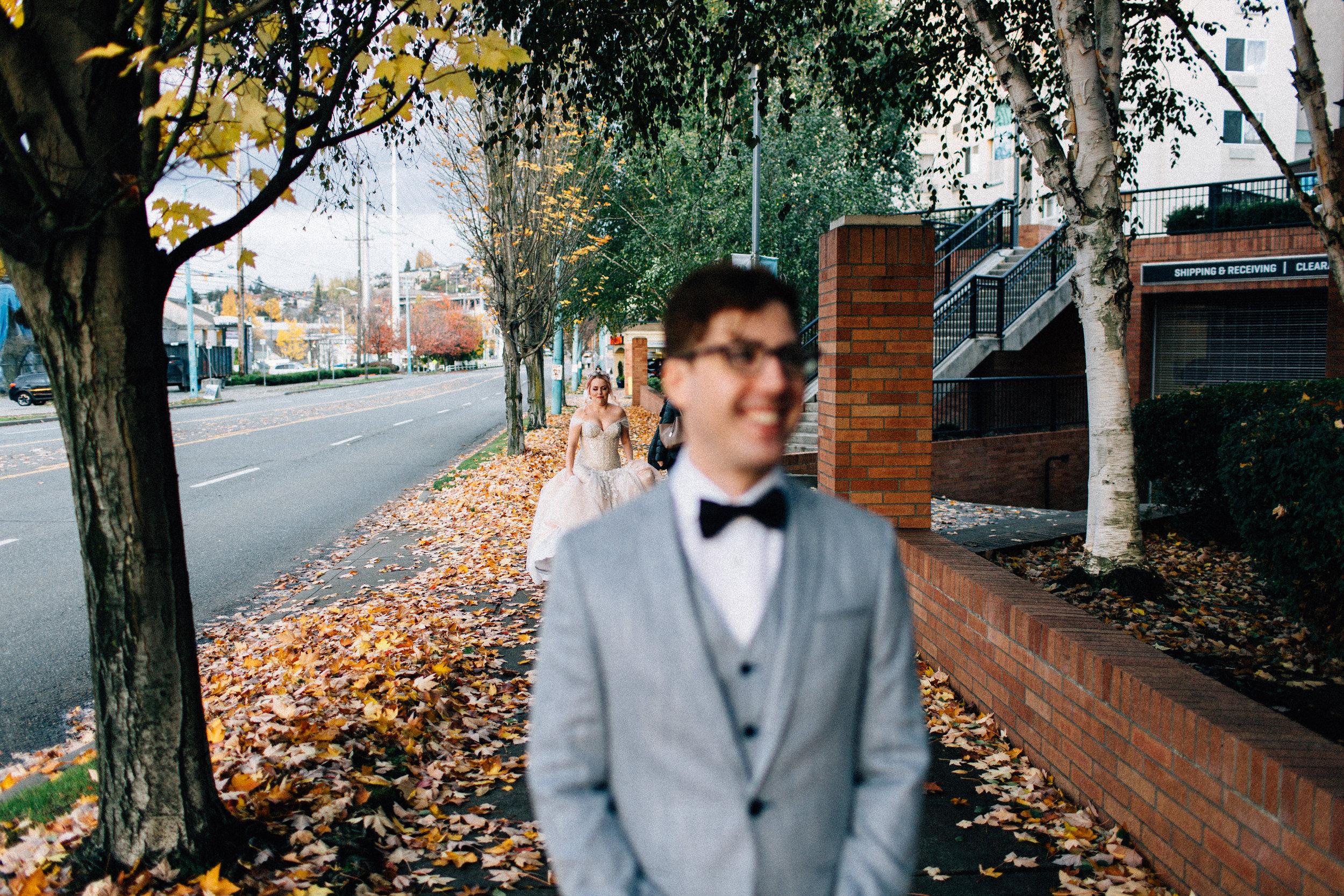 union cafe wedding seattle washington feminist photographer kendall shea night indoor ceremony reception