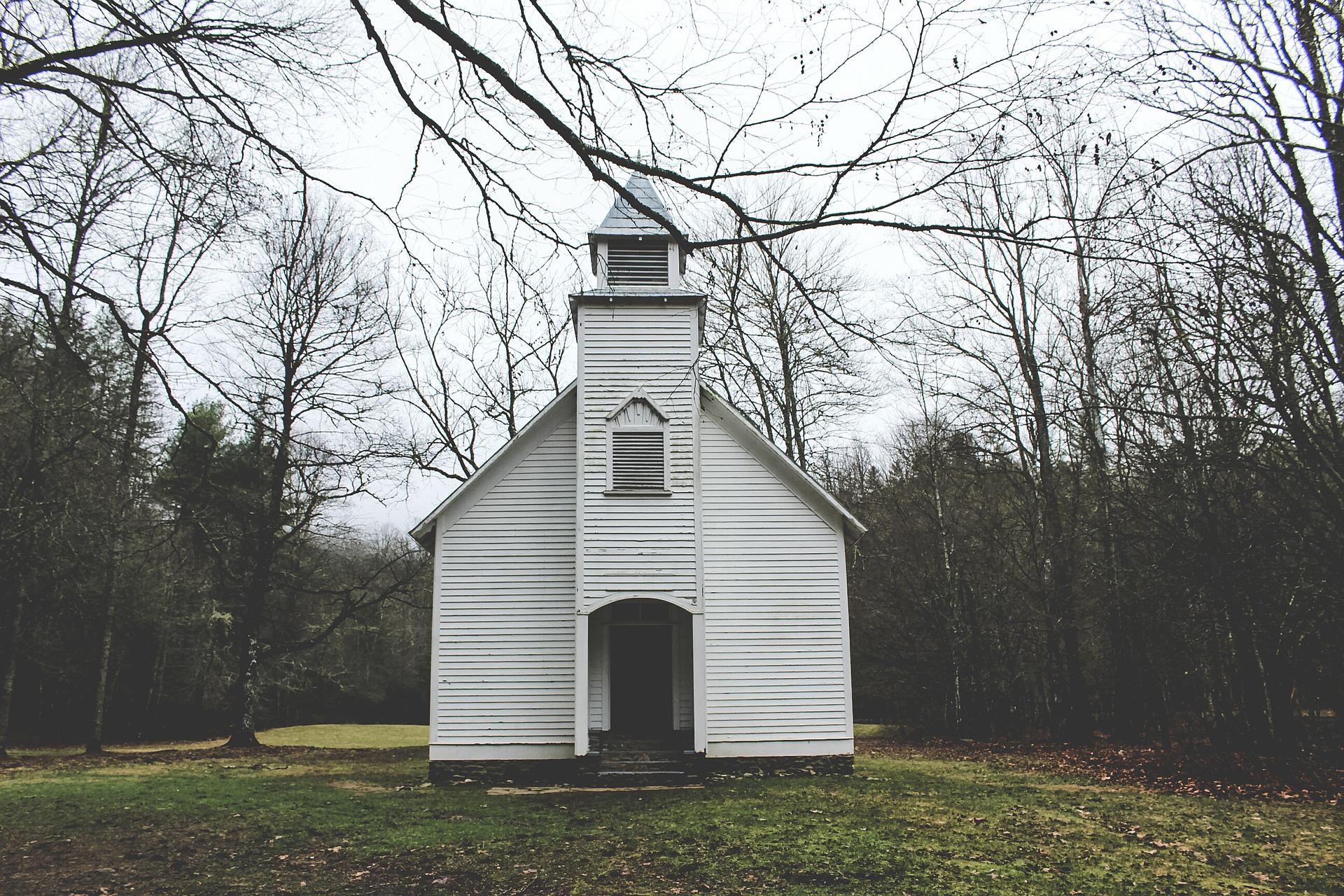 church-581069_1920.jpg