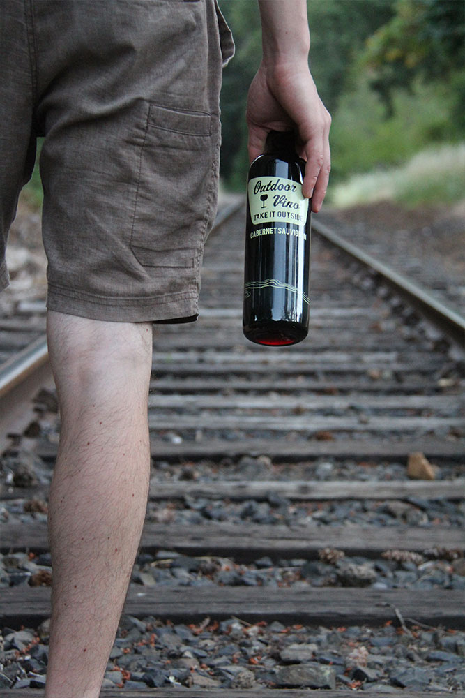 CABERNET-SAUVIGNON-OUTDOOR-VINO-2-naked-winery.jpg