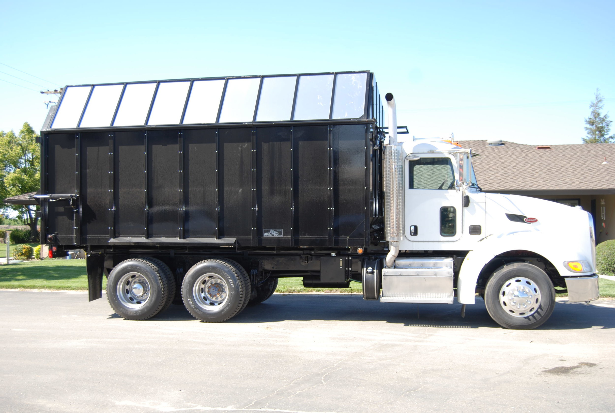 20' Truck Mount Chain Drive Silage Box