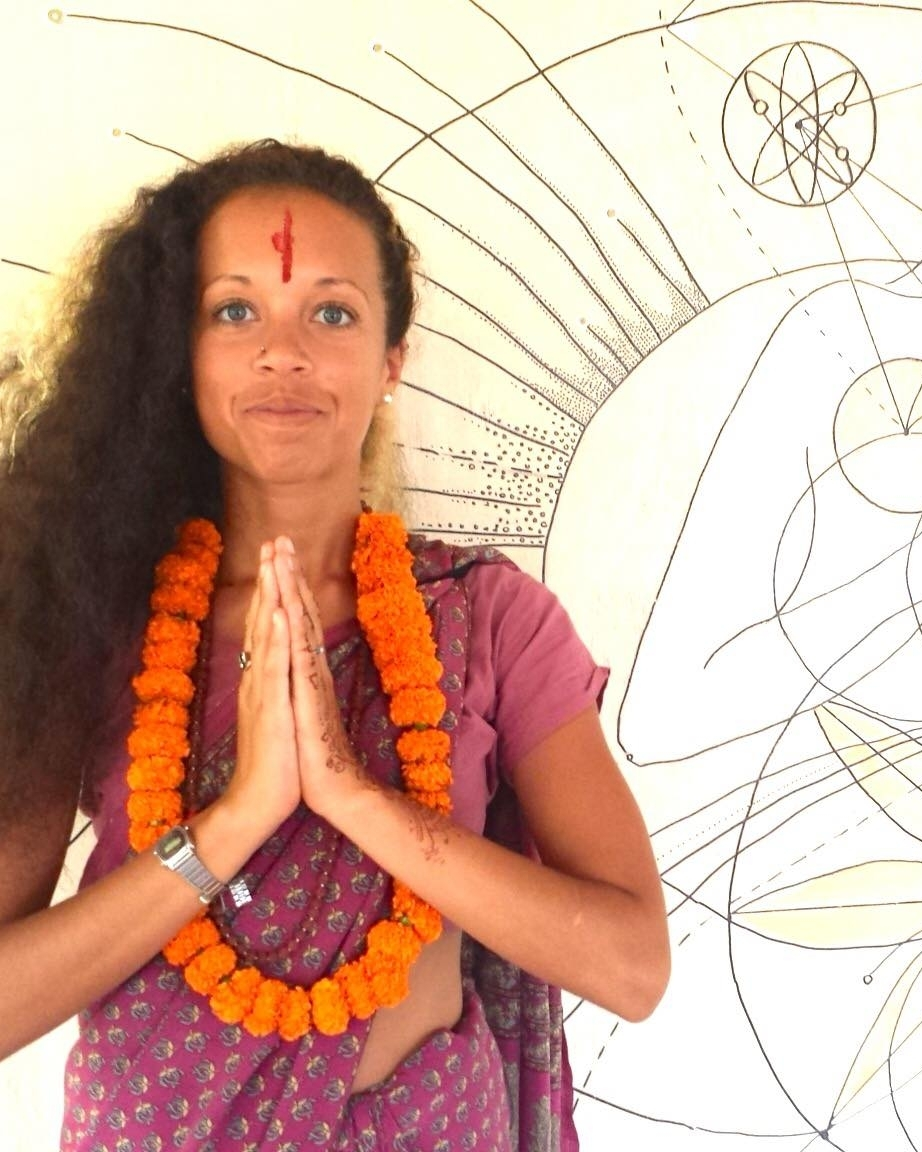 Jeni Louise - Transformational Hatha YogaSound TherapyReiki Healing