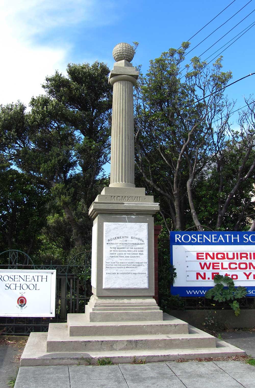 Roseneath War Memorial on Maida Vale Road in Wellington.