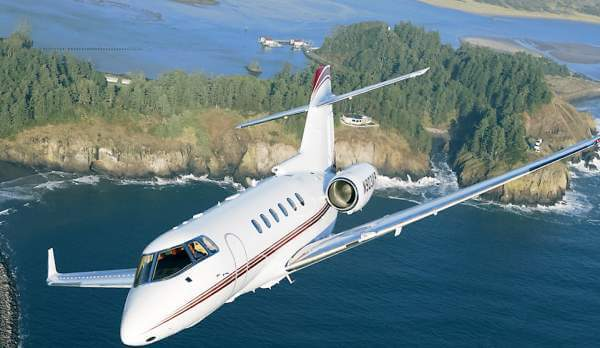MID SIZE    6-8 Seats  Lear Jet 55 and 60, Hawker 750 / 850 / 950 and more