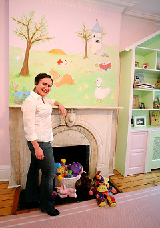Allyn_Howard_nursery-mural_NYDailyNews.jpg