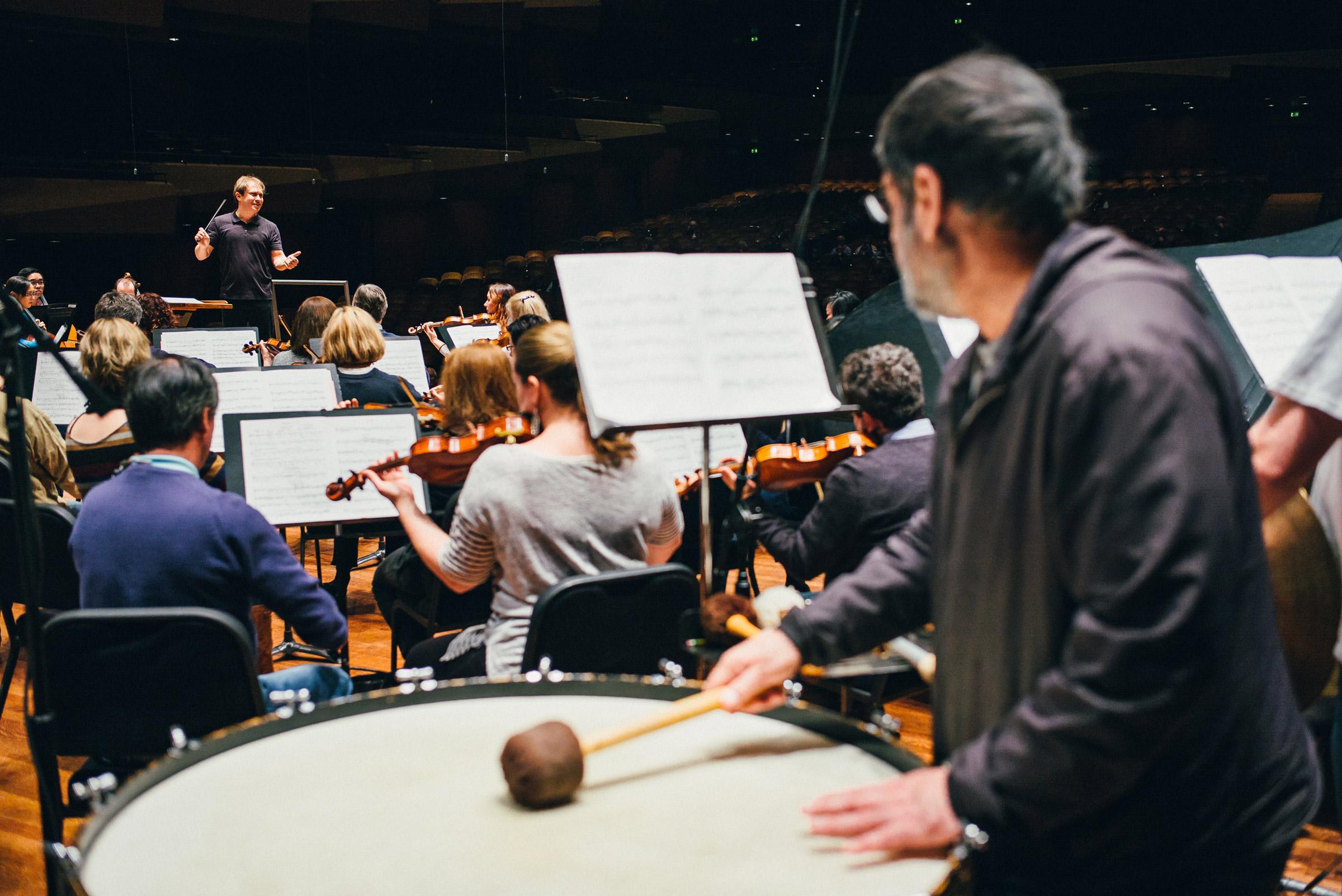 seattle-symphony-orchestra-brandon-patoc-rehearsal-ludovic-morlot-02.JPG