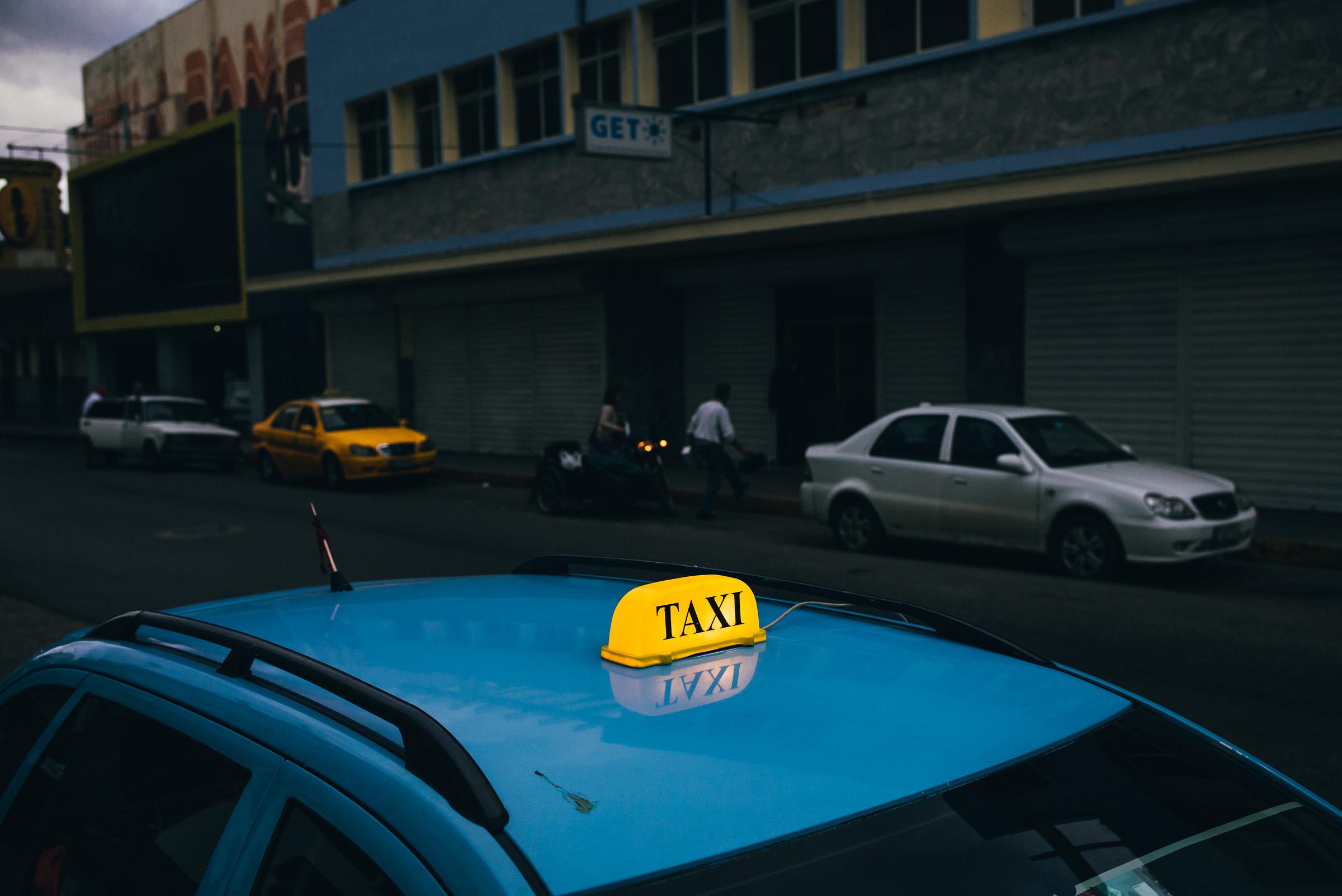 brandon_patoc_travel_photographer_in_havana_cuba_0008.jpg