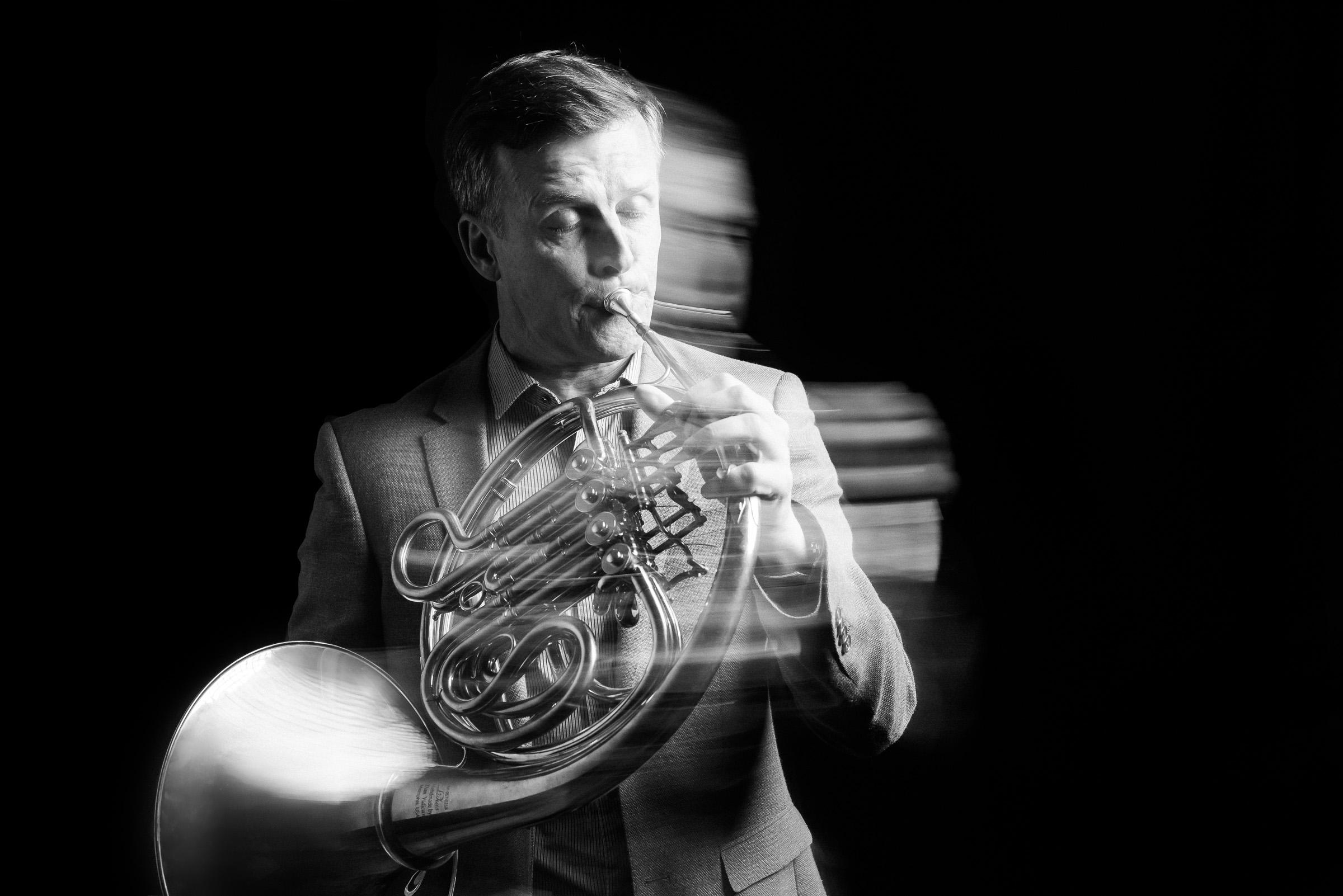 saul_lewis_portrait_melbourne_symphony_orchestra_Brandon_Patoc_0001.jpg
