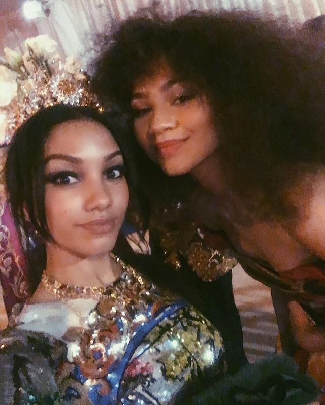Corinne Foxx & Zendaya hang out inside the Met