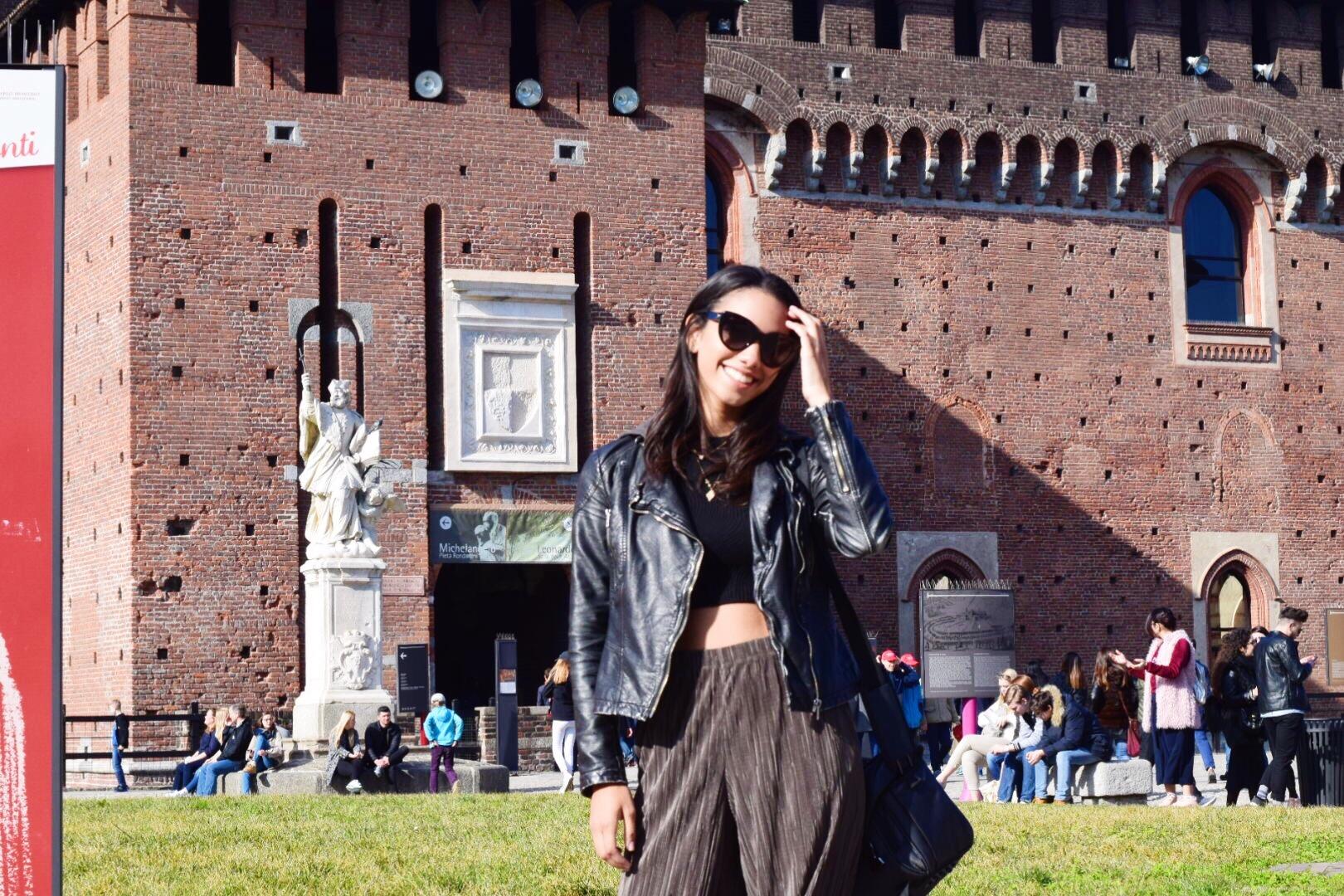 Corinne Foxx walks around Milan