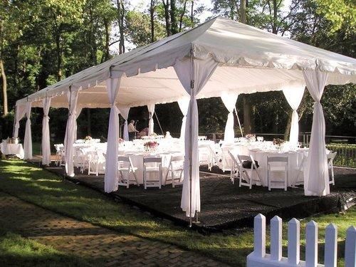 wisconsin dells party tent wedding rental