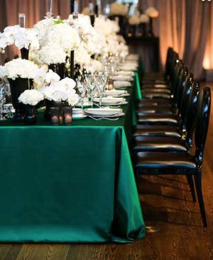 wisconsin dells linen tablecloth rental