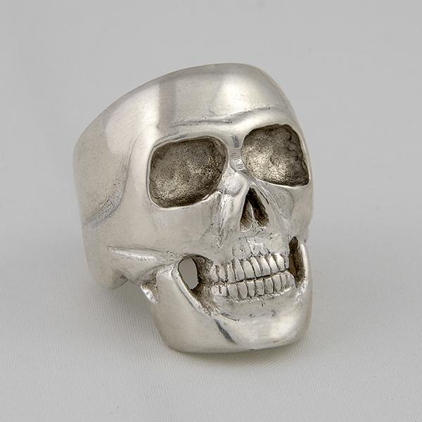 Silver Skull 1s.jpg