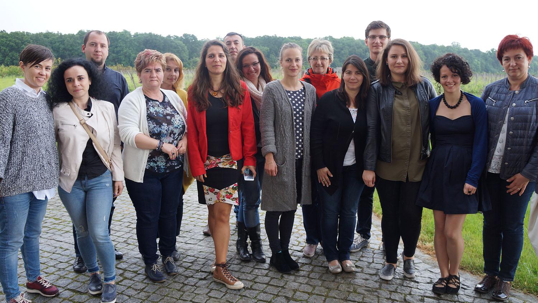 Antreprenori din România și din Balcani, - Sunteți gata să schimbați lumea cu afacerea voastră? Suntem aici să vă ajutăm!