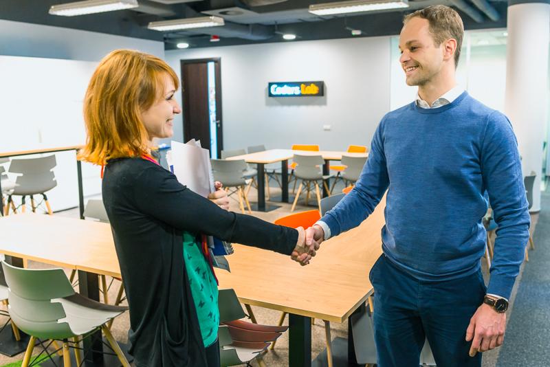 Karolina Gadalska and Marcin Tchórzewski, President at Coders Lab & MożeszITy Foundation.