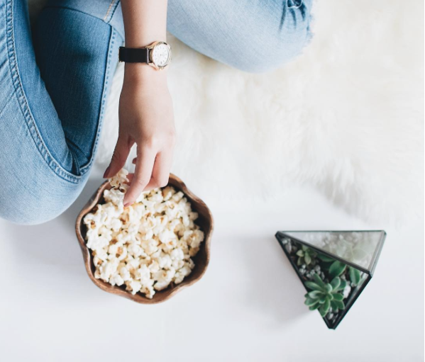 Maple-Spiced-Popcorn-Thieves-Vitality-Cinnamon-Bark-Essential-Oil-Young-Living.png