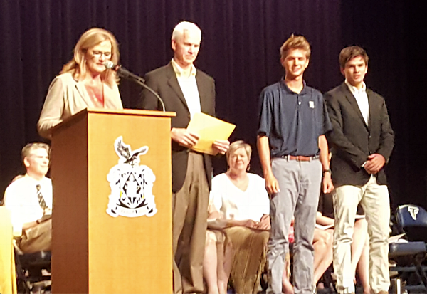 Robert Jackson & J. Cooper Clark receive their award from Sue & Jerry Knight.