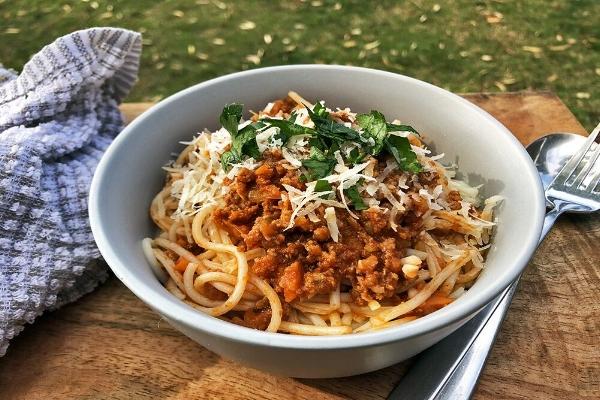 DANI-VALENT-Spaghetti-Bolognese.jpeg