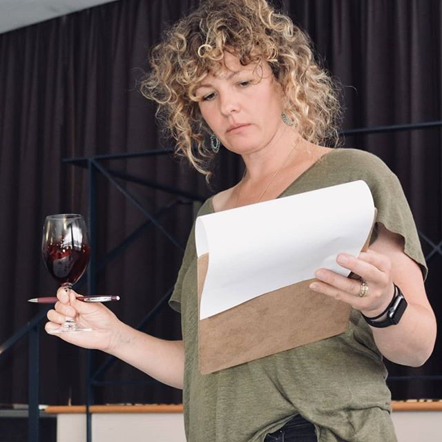 🍷🍷 Ones to Watch 🍷🍷 Meet Tassie winemaker Gilli Lipscombe, one half of @sailorseekshorse and making wine in one of the most Southerly vineyards in Australia.  We've nearly completed our class of 2019 #onestowatch and you can find out who they all are on our website, link in bio 💁‍♀️💁‍♀️💁‍♀️ #womeninwine  Recommended by @jocookfood
