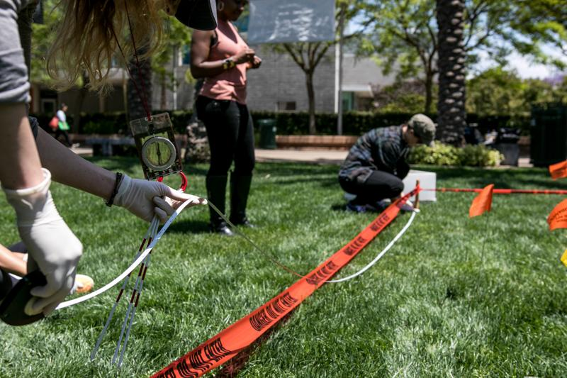 Students from the Forensic Anthropology Class at Santa Monica College stage a mock crime scene on campus on Saturday May 21. 2016 in Santa Monica, Calif. (Christian Monterrosa)