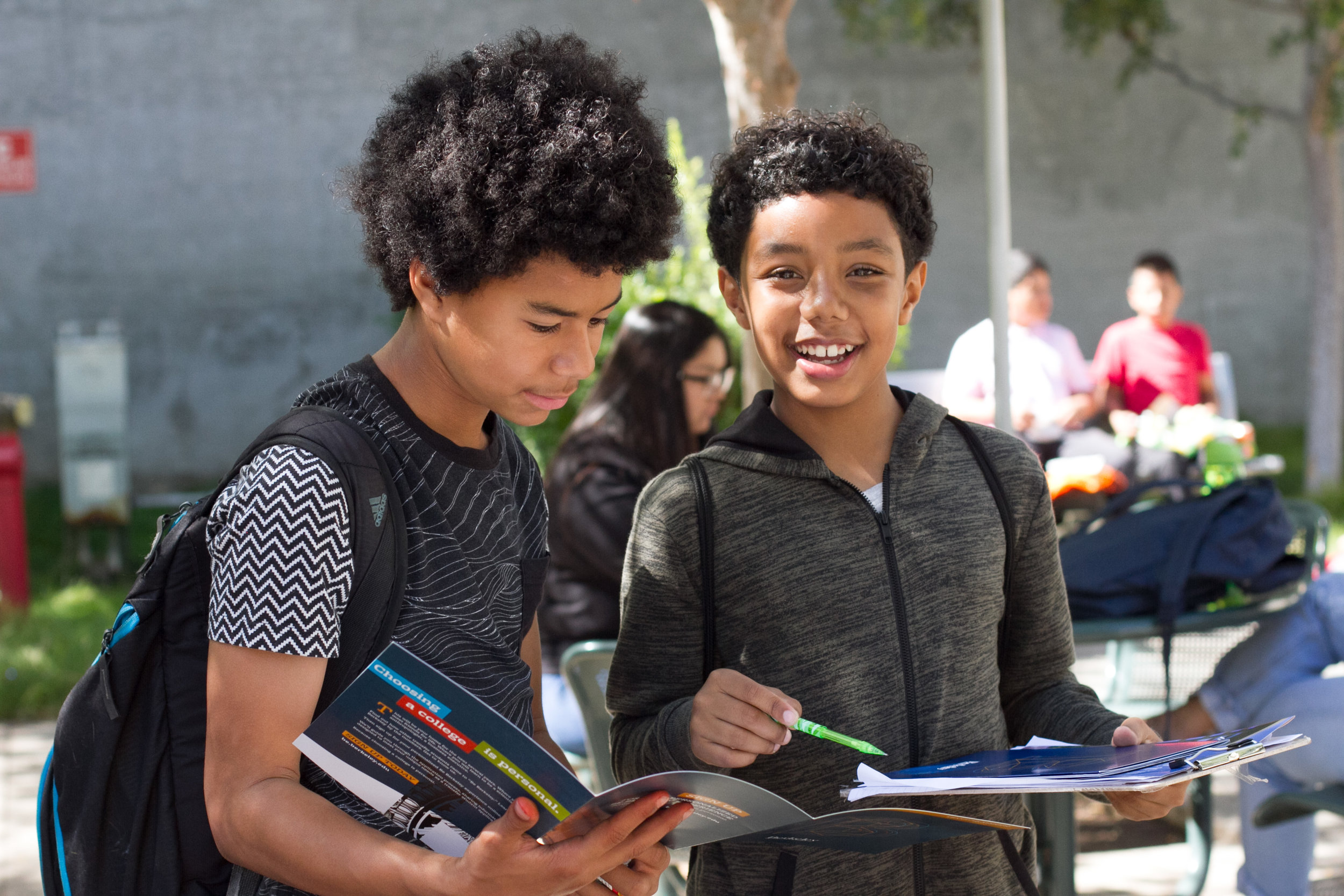 (L to R) Lincoln Middle School students Malek Williams and Makhi Franklin on a school field trip to Santa Monica College's College Fair on the Main Campus of Santa Monica College in Santa Monica, Calif., October 10, 2017. (Photo By: Ripsime Avetisyan/Corsair Staff)