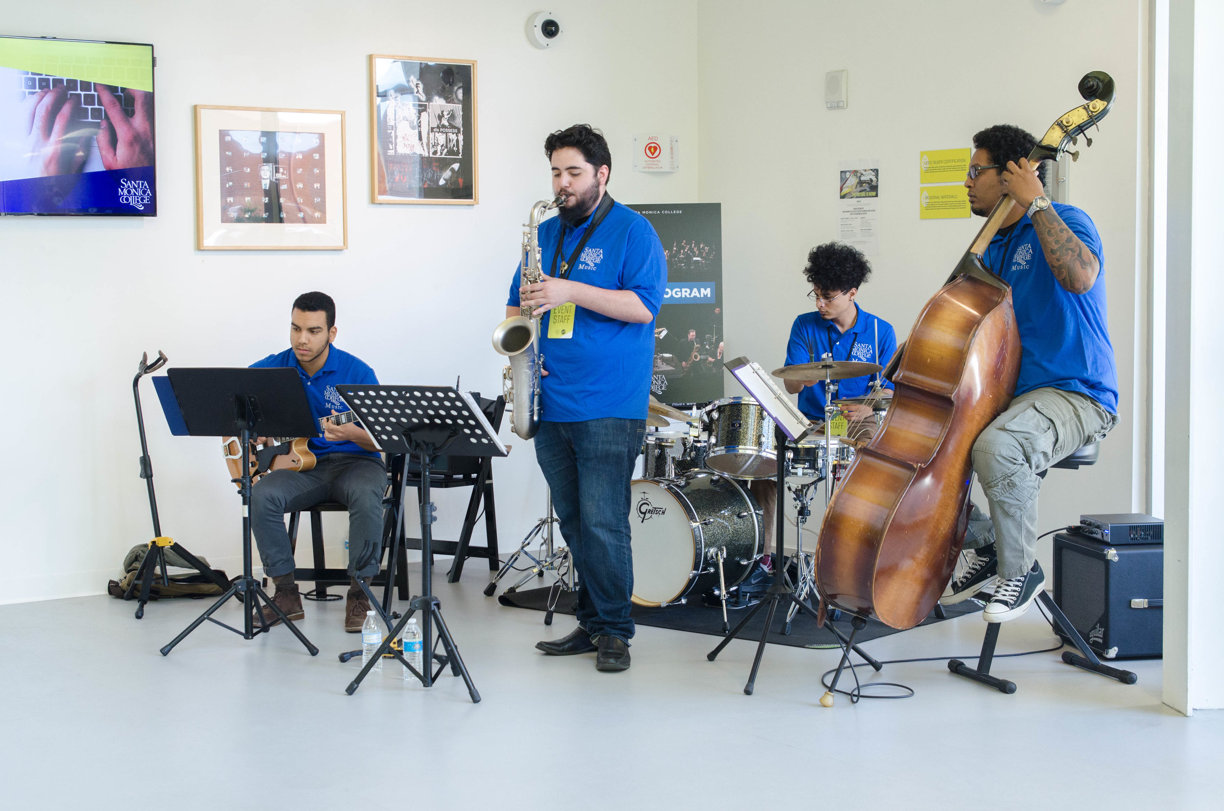 Santa Monica College Students from the Music Program play in C Building on the CMD Campus at the Open House of the Center for Media Design. Santa Monica, Calif. December 2,2017 (Photo by: Diana Parra Garcia)