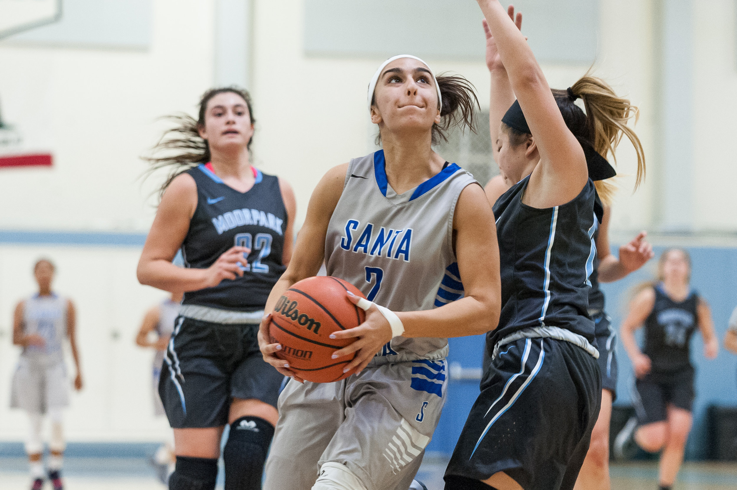 Guard Jessica Melamed (2) of Santa Monica College goes up for a contested layup during a fastbreak. The Santa Monica College Corsairs lose the game 52-69 to the Moorpark College Raiders. The game was held at the SMC Pavilion at the Santa Monica College Main Campus in Santa Monica, Calif.. December 9, 2017. (Photo by: Justin Han/Corsair Staff)