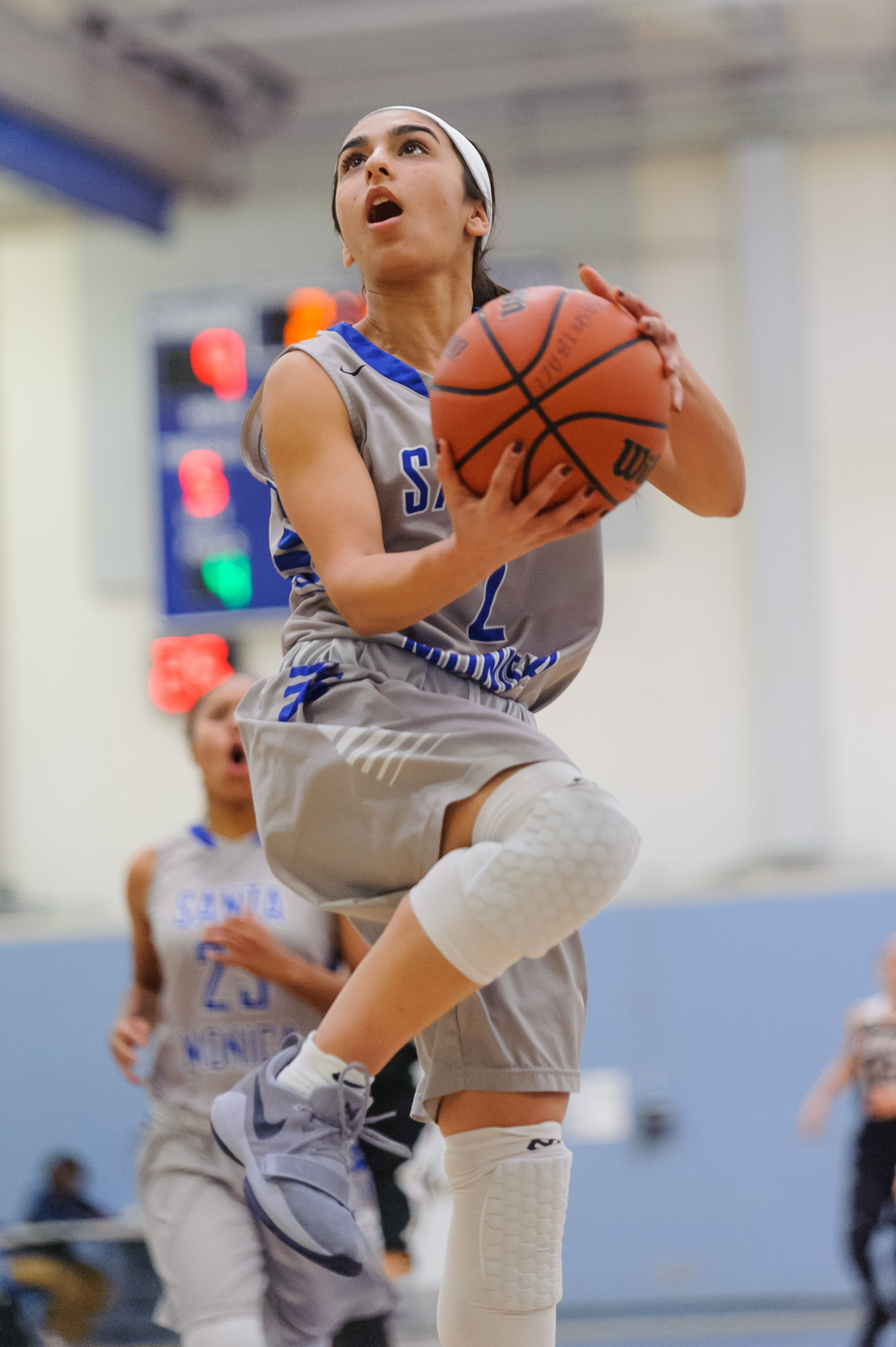 Guard Jessica Melamed (2) of Santa Monica College goes up for a reverse layup attempt. The Santa Monica College Corsairs win their final game of the season 76-53 against the Pierce College Brahmas. The game was held at the SMC Pavilion at the Santa Monica College Main Campus in Santa Monica, Calif.. February 17, 2018. (Photo by: Justin Han/Corsair Staff)