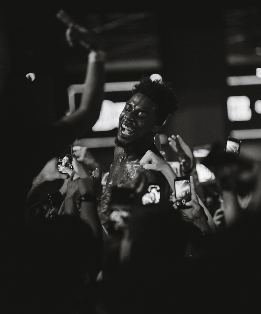 "Sidney Royel Selby III, better known by his rap name ""Desiigner"" smiles as the crowd raps the lyrics to his hit single ""Tiimmy Turner"" after he joined  the crowd at the Shrine Expo Hall and Auditorium in Downtown LA in Los Angeles, California on Friday, March 9th 2018. Desiigner is currently on tour with electronic artists and DJ Steve Aoki as part of his Kolony Tour. (Photo by: Thane Fernandes)"