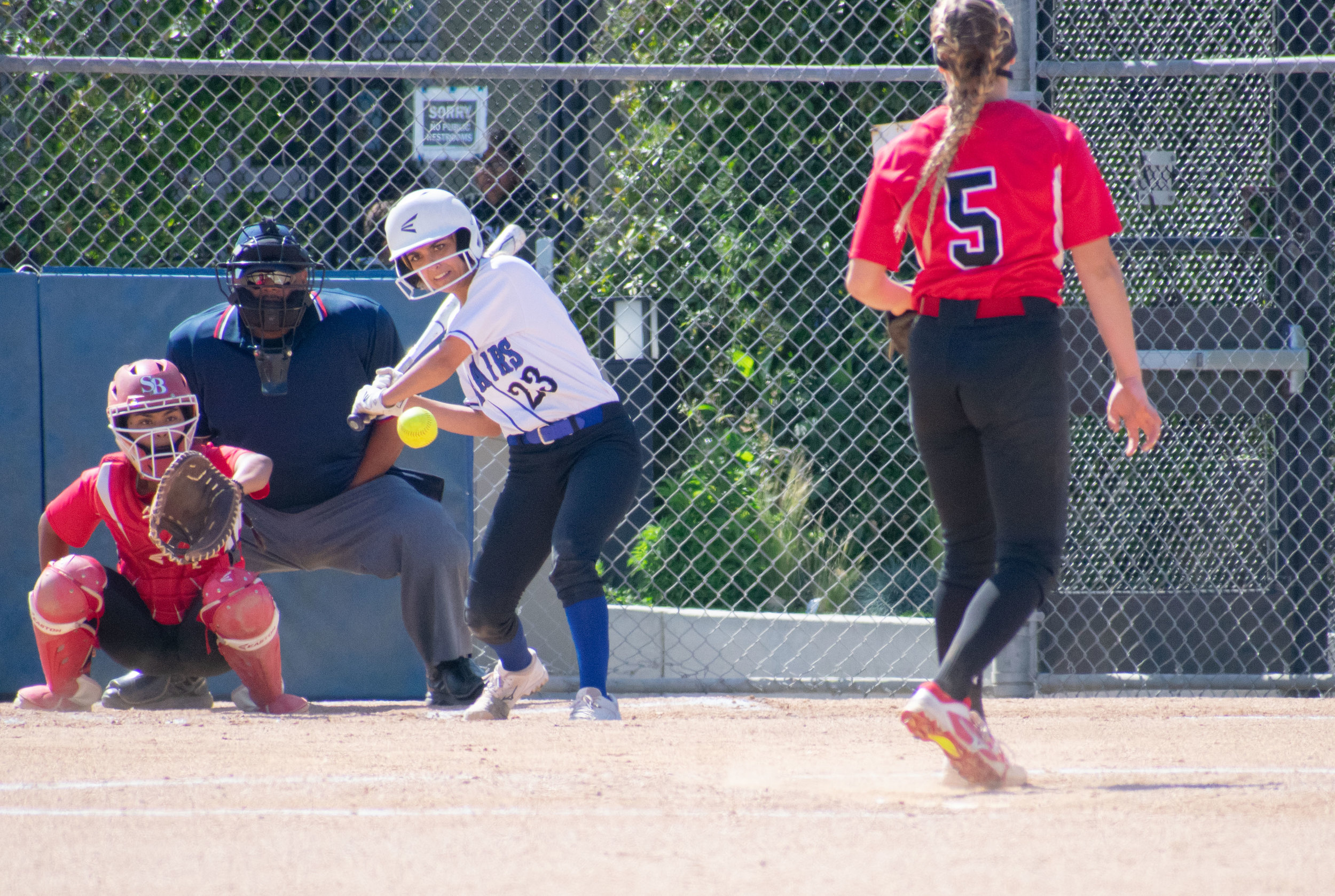 Santa Monica College Corsair Taylor Liebesman (#23) swings during the final game of the season against the Santa Barbara Vaqueros on Friday, April 20, 2018 at the John Adams Middle School Field in Santa Monica, California. The game was a 7-1 loss for the Corsairs, ending the season with an 8-21 record. (Ethan Lauren/Corsair Photo)