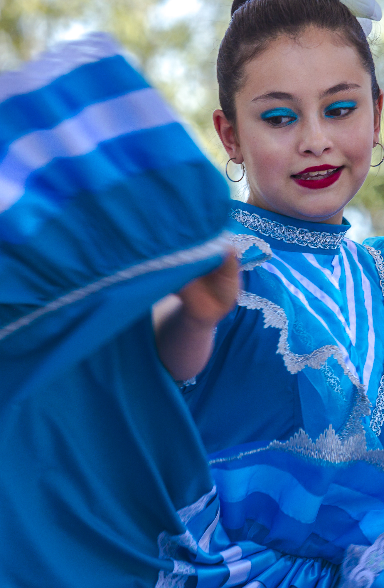 Maria Papas performs a traditional Folklora dance at Olvera Streets Cinco De Mayo celebration in downtown Los Angeles, California on May 5, 2018. (Matthew Martin/Corsair Photo)