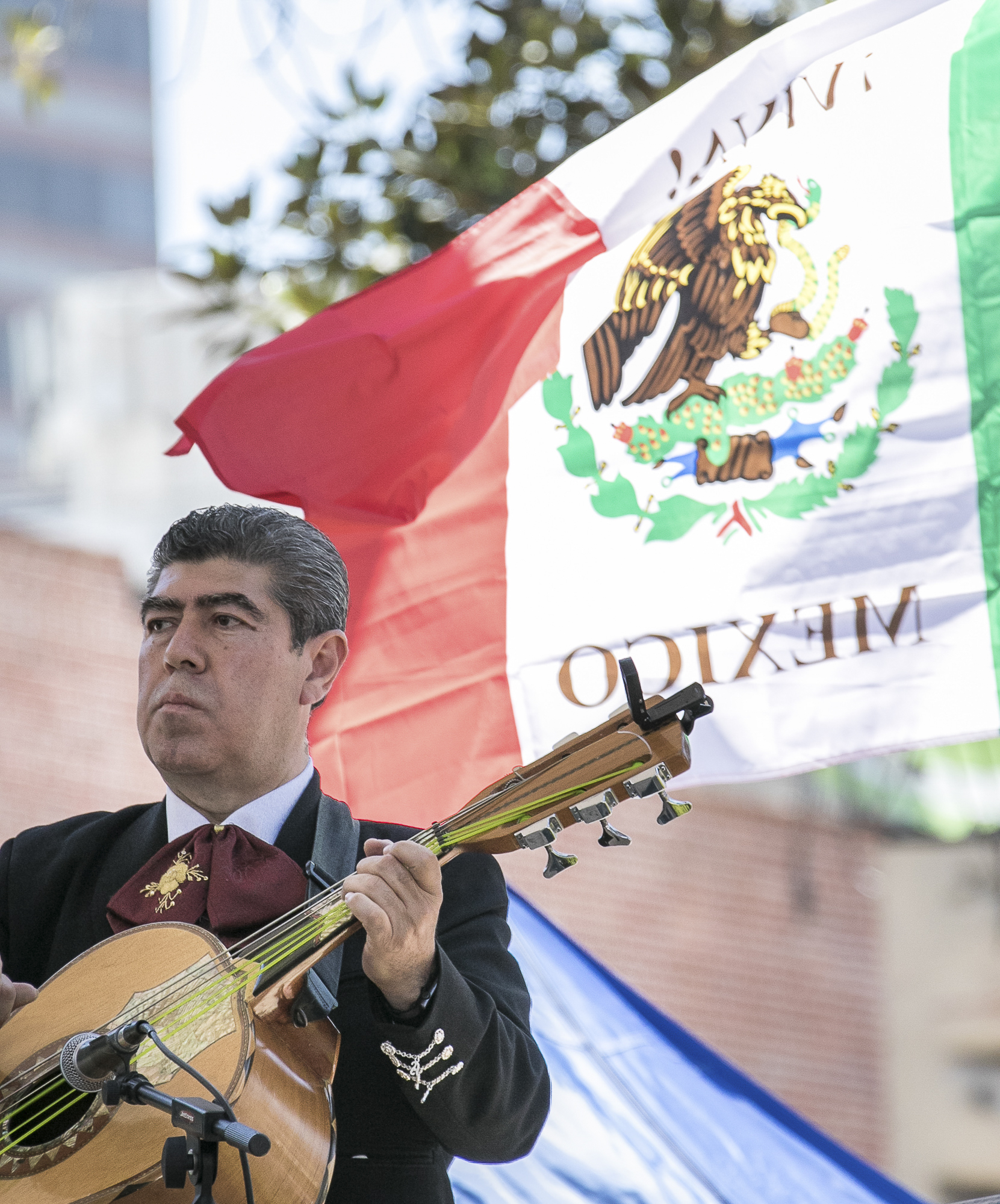 Celebrations for Cinco De Mayo as the mariachi band plays for the crowd at El Pueblo de Los Angeles Historic Monument on  Olvera Street on May 5th, 2018.(Downtown, Los Angeles, California, Saturday, May 5th, 2018.) (Ashutosh Bikram Singh/Corsair Photo)