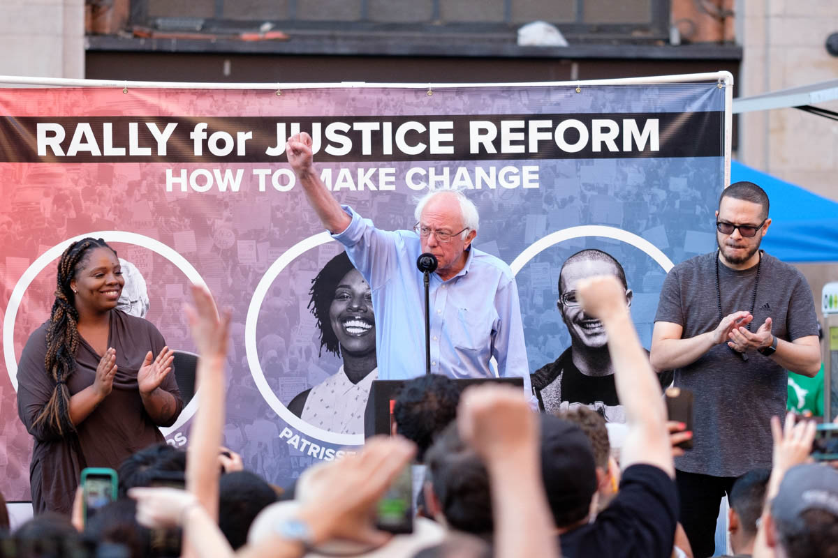 Senator Bernie Sanders raises his fist to the crowd after his speech at the Rally for Justice in Los Angeles, California on June 2, 2018. (Jayrol San Jose/ Corsair Contributor)