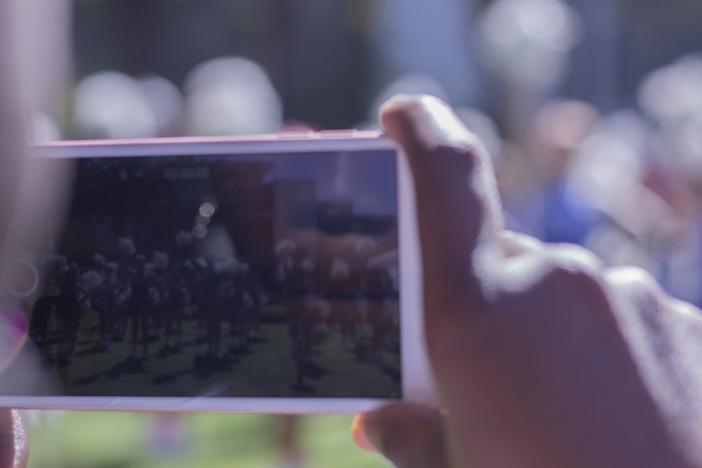 Behind the scenes of the Santa Monica College Cheer Club at Santa Monica College on Teusday October 16, 2018. (Irving Santiago/ Corsair)