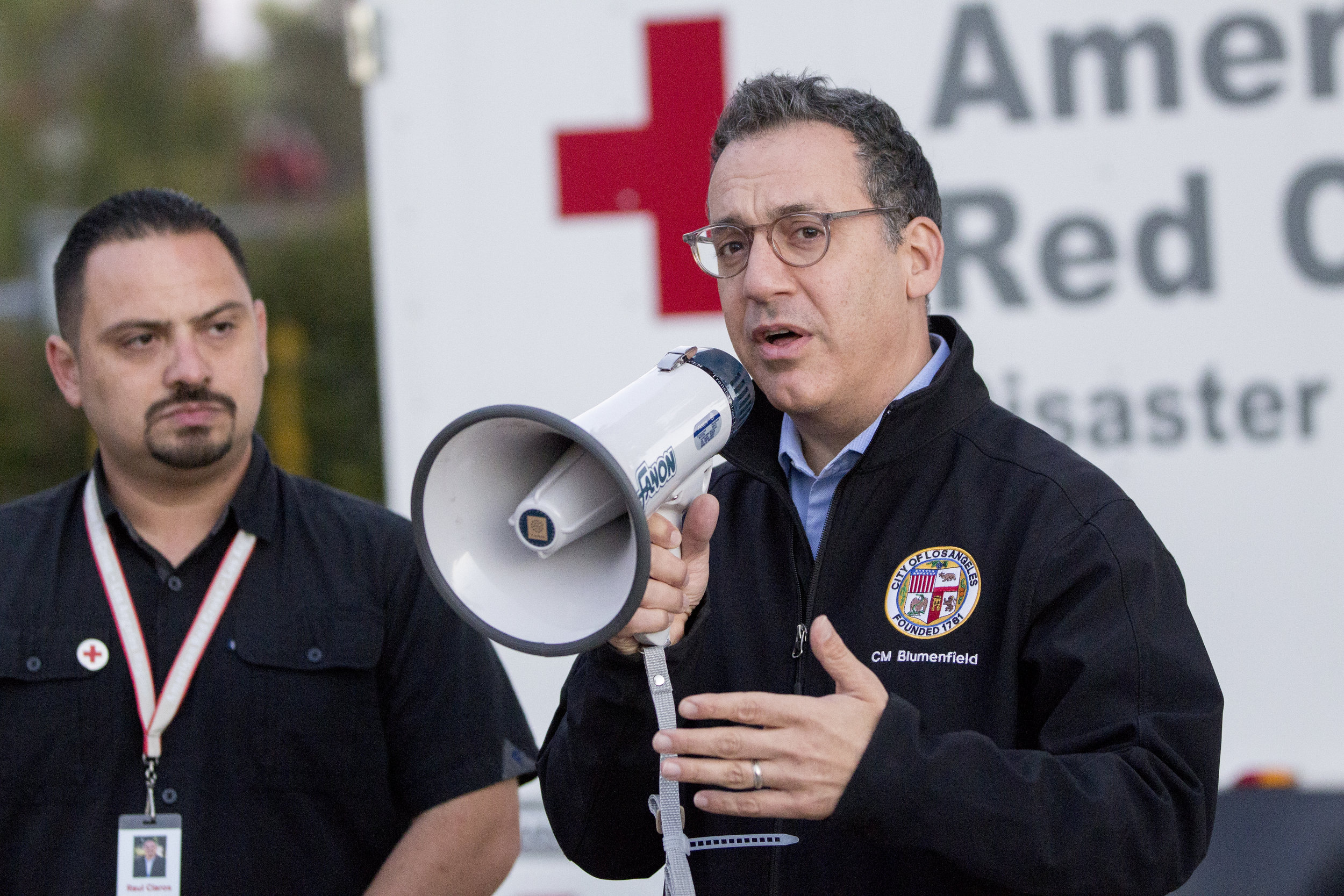 Councilmember Bob Blumenfield speaks to evacuees at the Woolsey fire evacuation center set up at Los Angeles Pierce College on November 9, 2018 in Woodland Hills, Calif. (Jose Lopez)