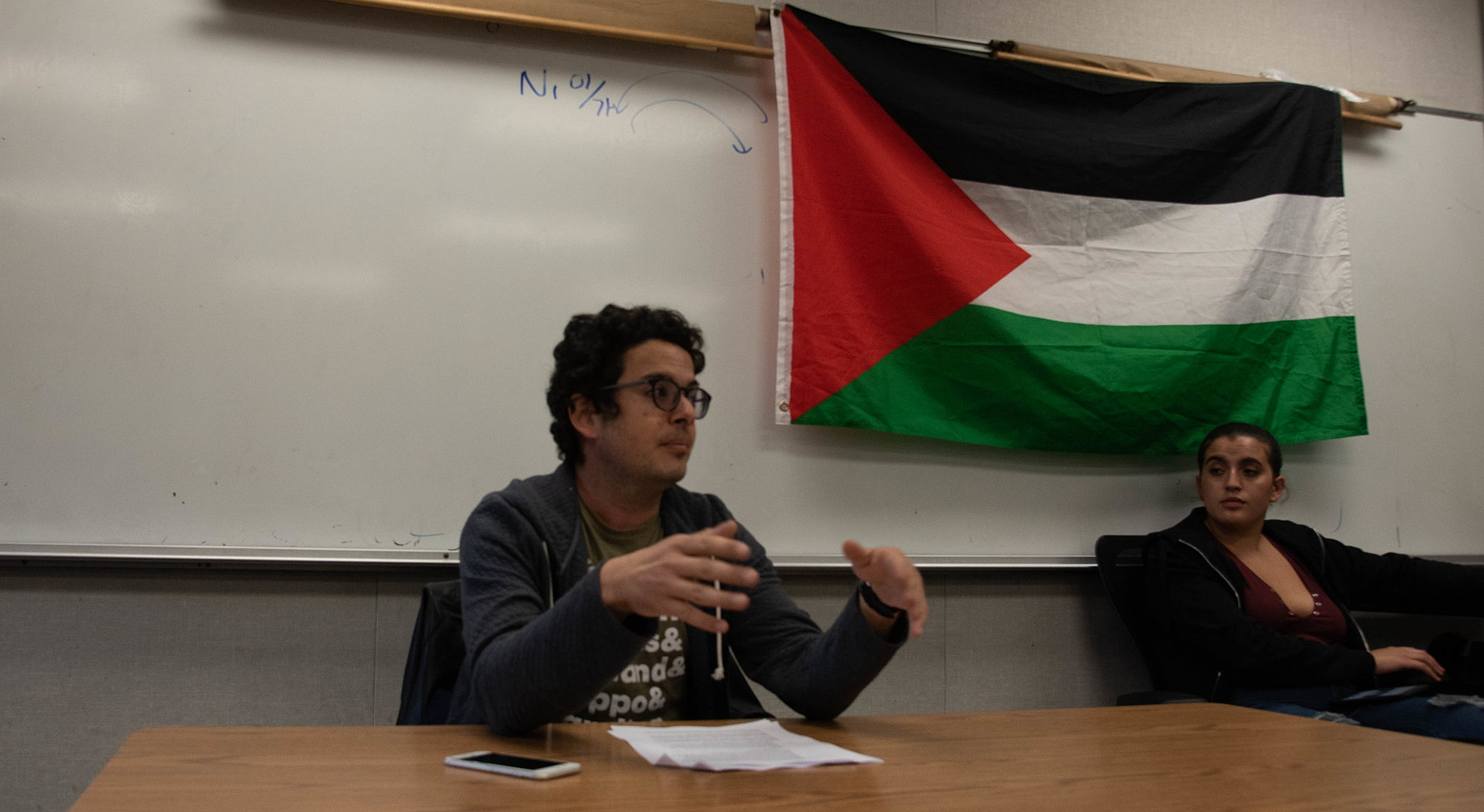Activist Omar Zahzah speaks on the history of Palestine and the historic events that led to the creation of the state of Israel at a meeting for the Santa Monica College chapter of Students of Justice for Palestine (SJP) on November 29, 2018 in Santa Monica, California (Oskar Zinnemann/Corsair Photo)