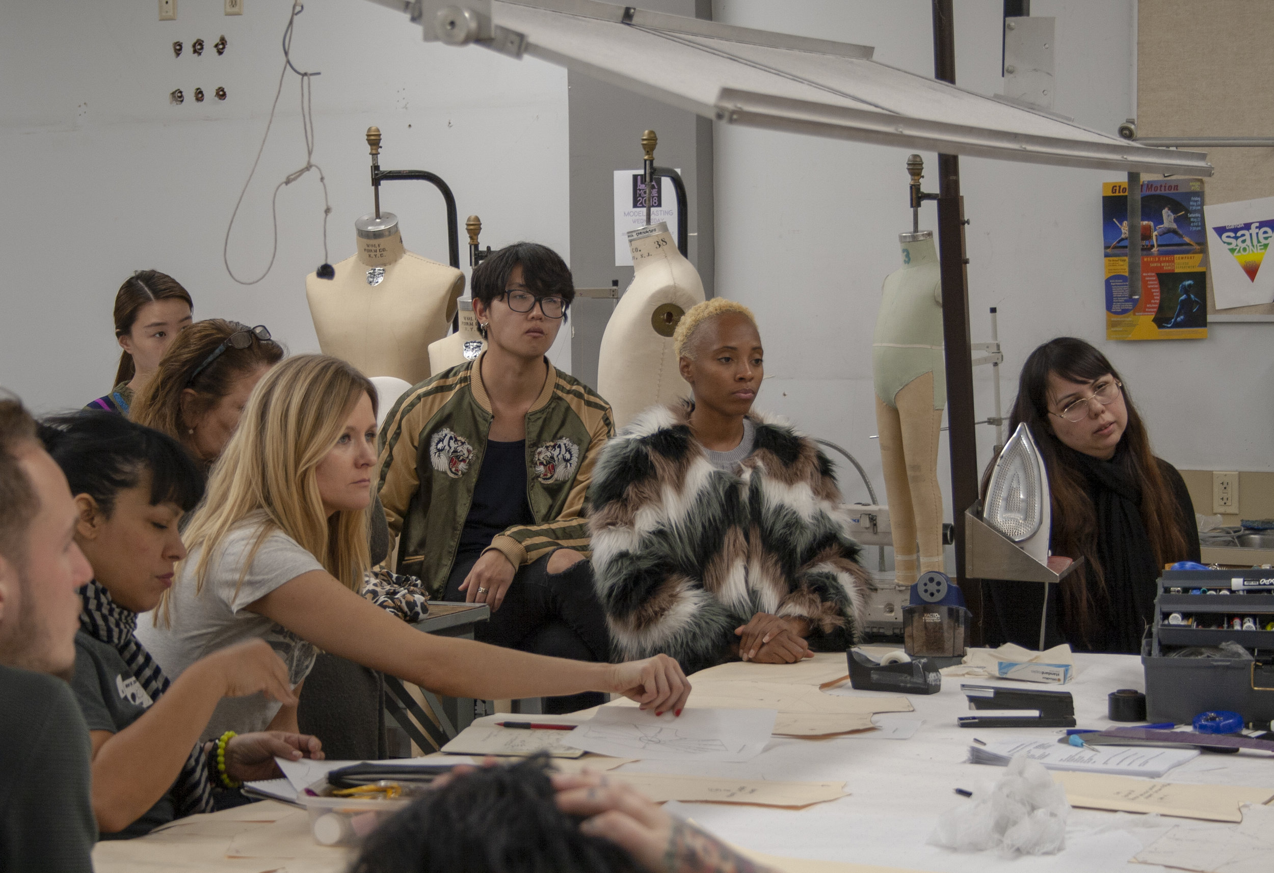On Feburary 22, 2019 within the Fashion Department in Santa Monica College (SMC) where Porscha Woodard learns, and works on the basics of tracing. Professor Sofi Khachmanyan teaches the class Fashion 6A, where she helps the students on a very close level where they can ask with freedom if they dont understand. Every question is resolved.