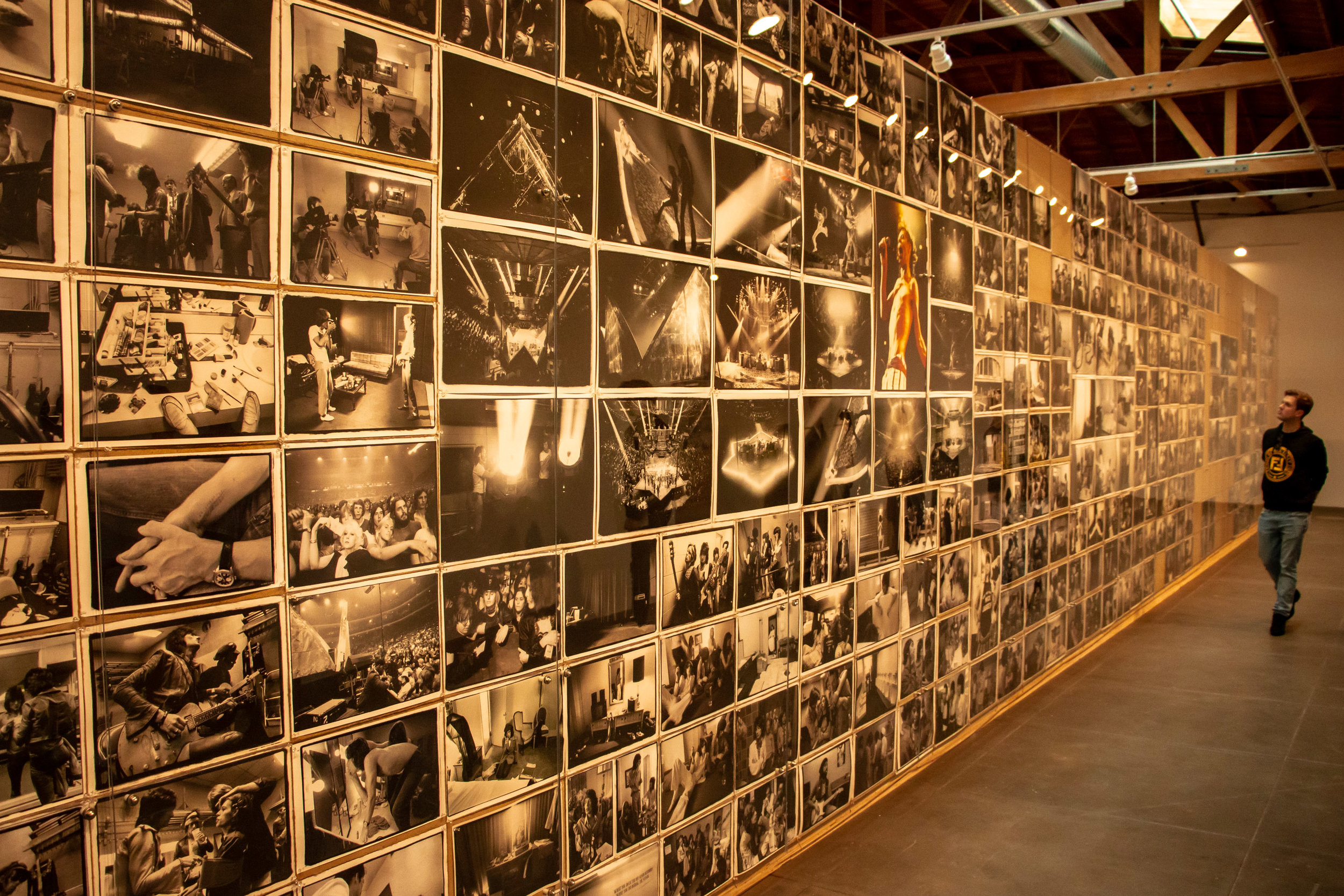 "Museum attendee tours the extensive exhibit of photographer Annie Leibovitz ""The Early Years"" at the Hauser & Wirth Museum located in theArts District of downtown Los Angeles, Calif. The exhibit is open through April 14, 2019. Shayn Almeida / The Corsair"