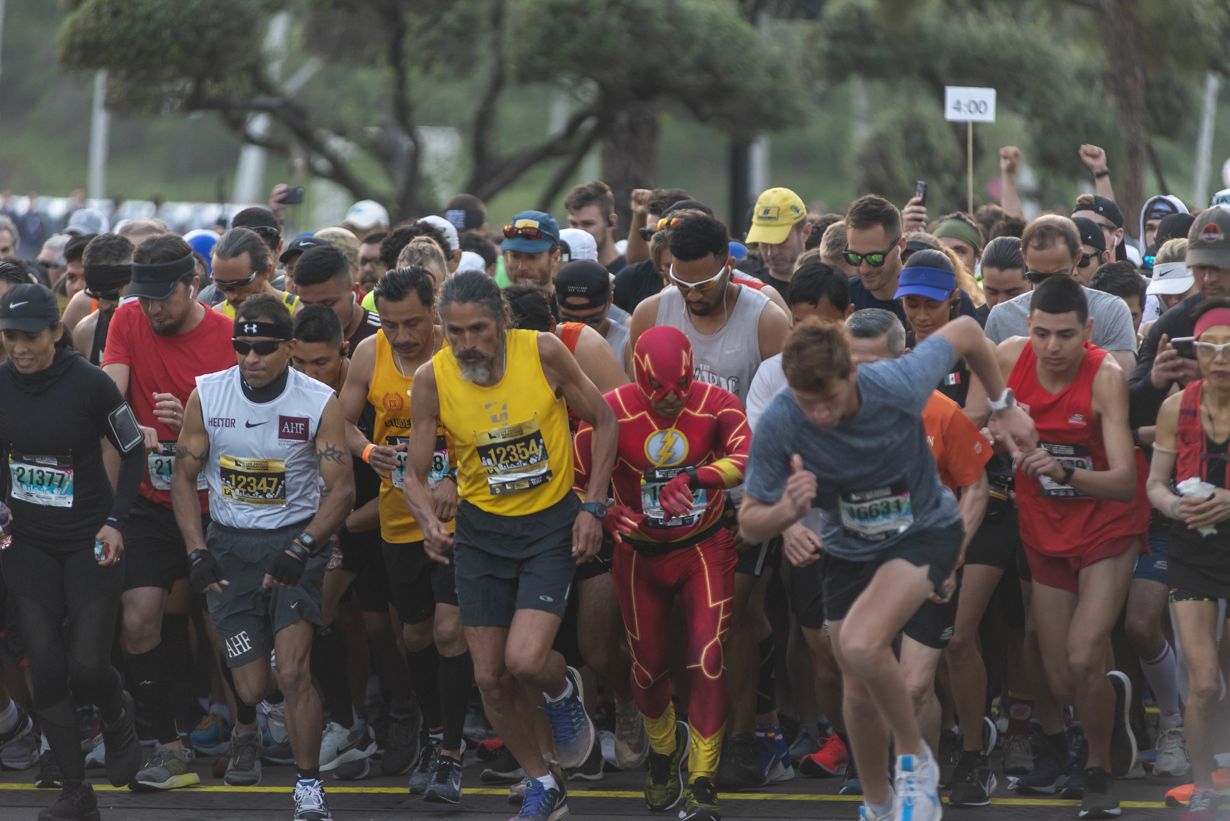 Los Angeles Marathon participants explode off the starting line at the 34th Los Angeles Marathon on Sunday, March 24, 2019, at Dodger Stadium in Los Angeles, Calif. (Photo by Andrew Narvaez)