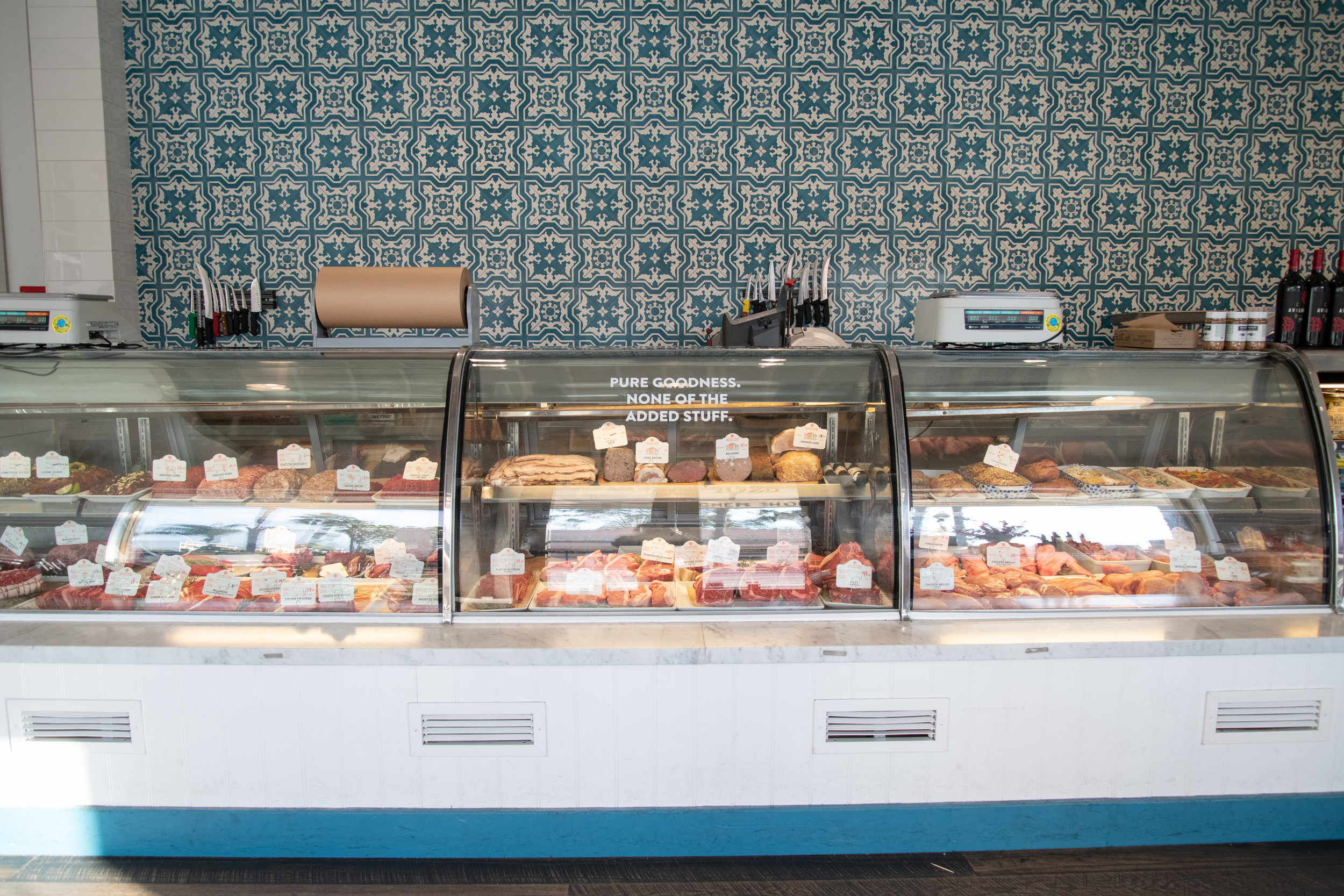The meat counter just inside of the front doors of Belcampo Meat Company, Thursday, March 21, 2019, on Wilshire Blvd. in Santa Monica, Calif. The front of this location hosts a butcher shop, while the back holds a sit-down restaurant. (Nicole Haun/ The Corsair)