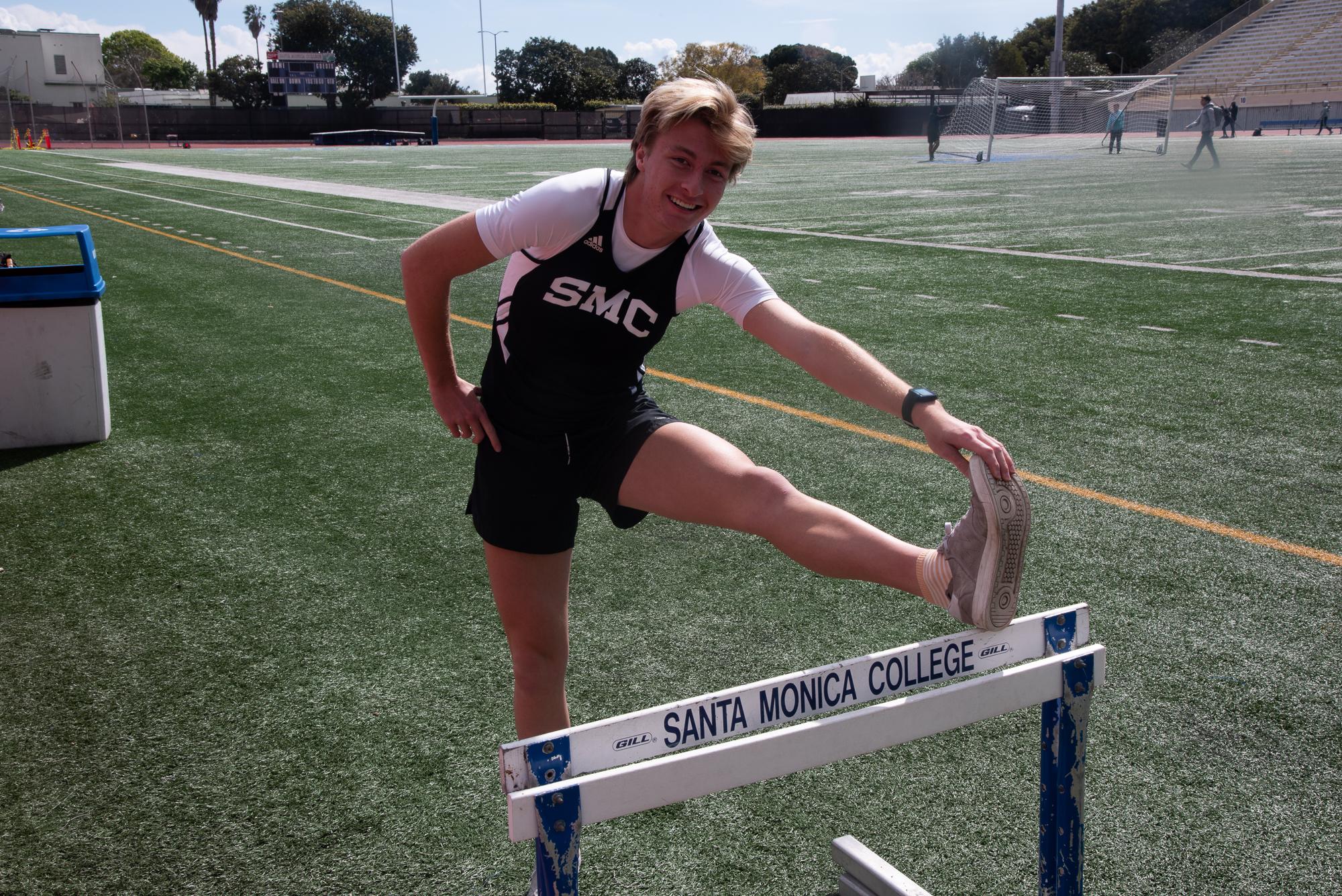 Santa Monica College located on the track field on February 20 2019 Long distance runner Leonard McCommas . ( Clyde Bates Jr. / The Corsair)