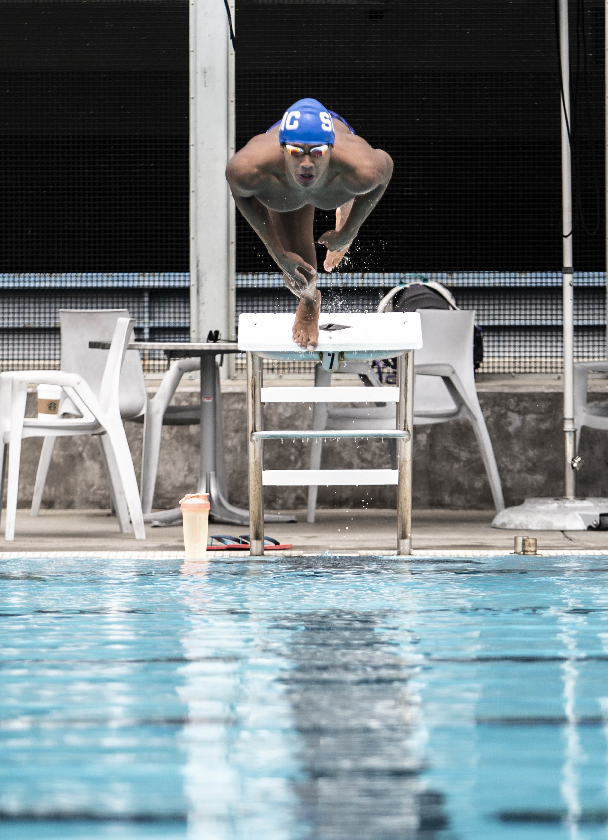 Alonso Escobedo from Santa Monica College (SMC) swimming team, practicing for State Championship in San Jose. Santa Monica College on April 29, 2019, Santa Monica, Calif. (Yasamin Jtehrani / The Corsair)