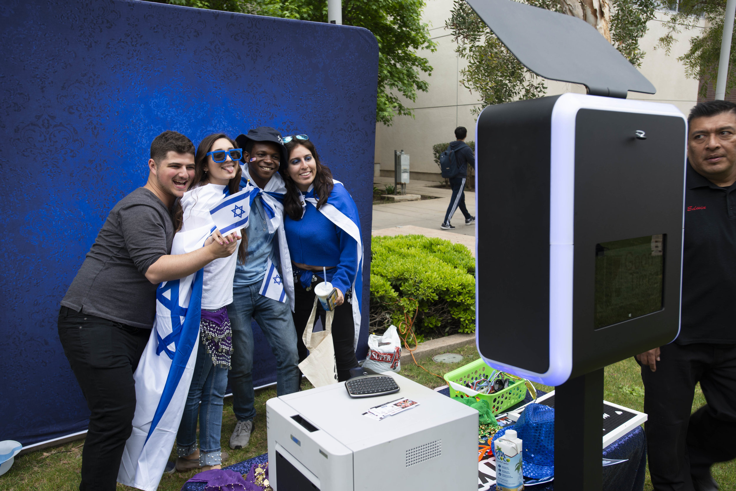 Students pose at a photo booth during the Students Supporting Israel sponsored Israeli Independence Day Festival on Thursday, May 9, 2019 (Andrew Narvaez/ The Corsair)