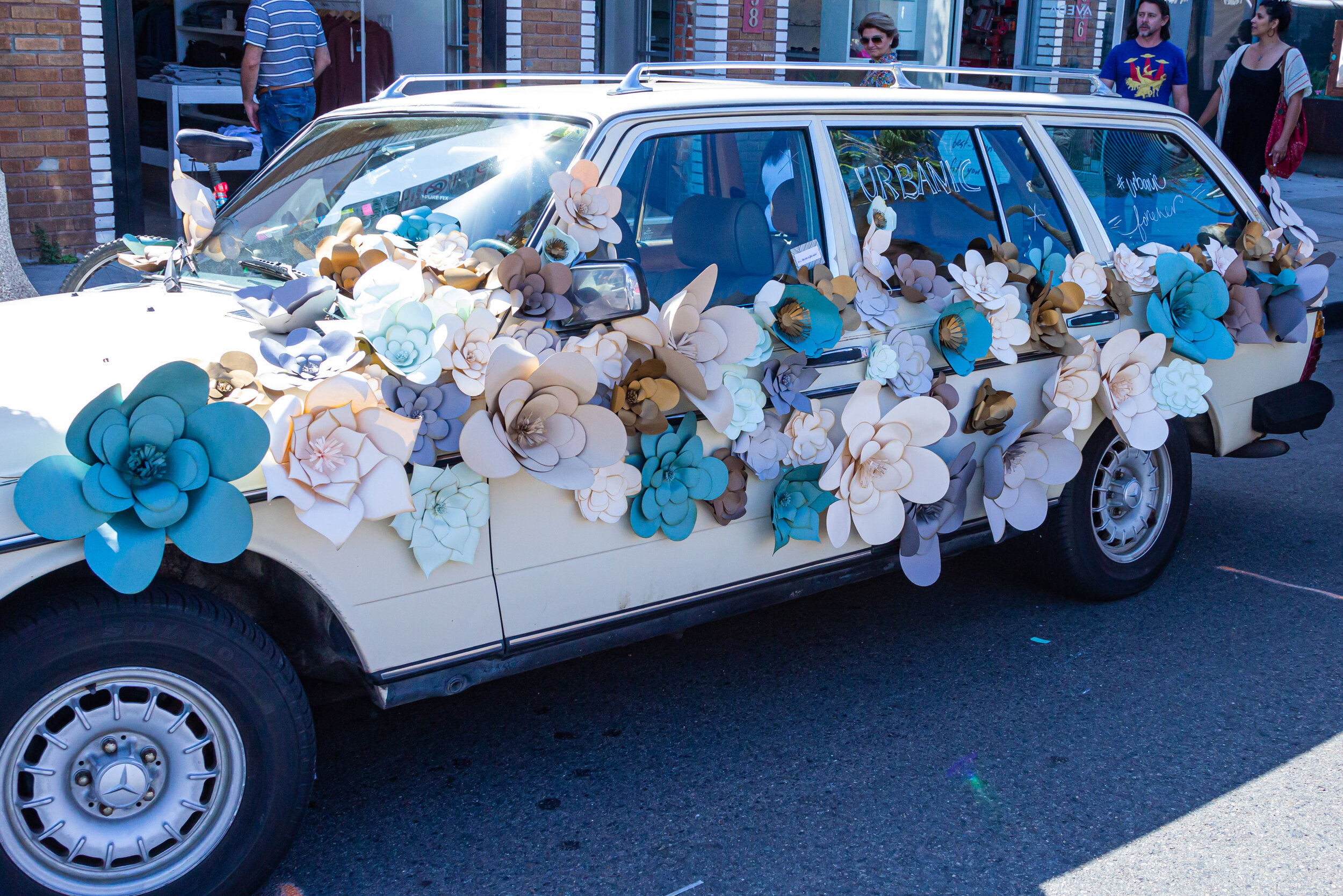 A heavily decorated car at the Abbot Kinney Festival, held the last Sunday in September for the past 35 years, on Abbot Kinney Blvd., Venice, California, on Sunday, September 29th 2019. (Marco Pallotti/The Corsair)