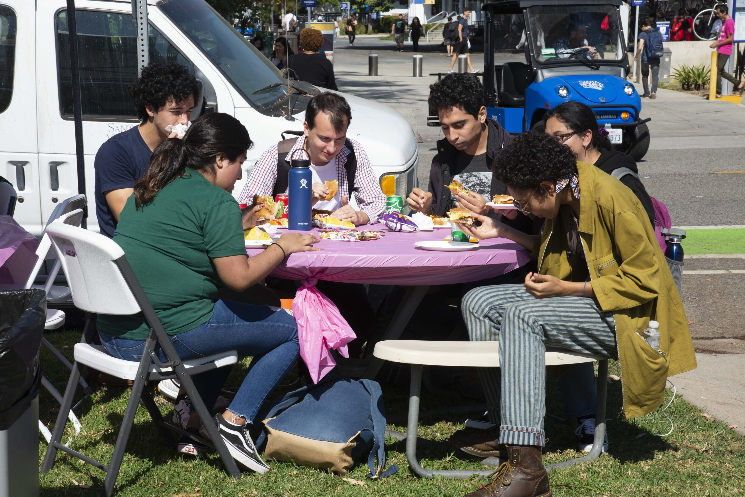 SMC students enjoy the delicious barbeque provided by the campus police department on Tuesday, October 8th, 2019.  (Rachel O'Brien/The Corsair)