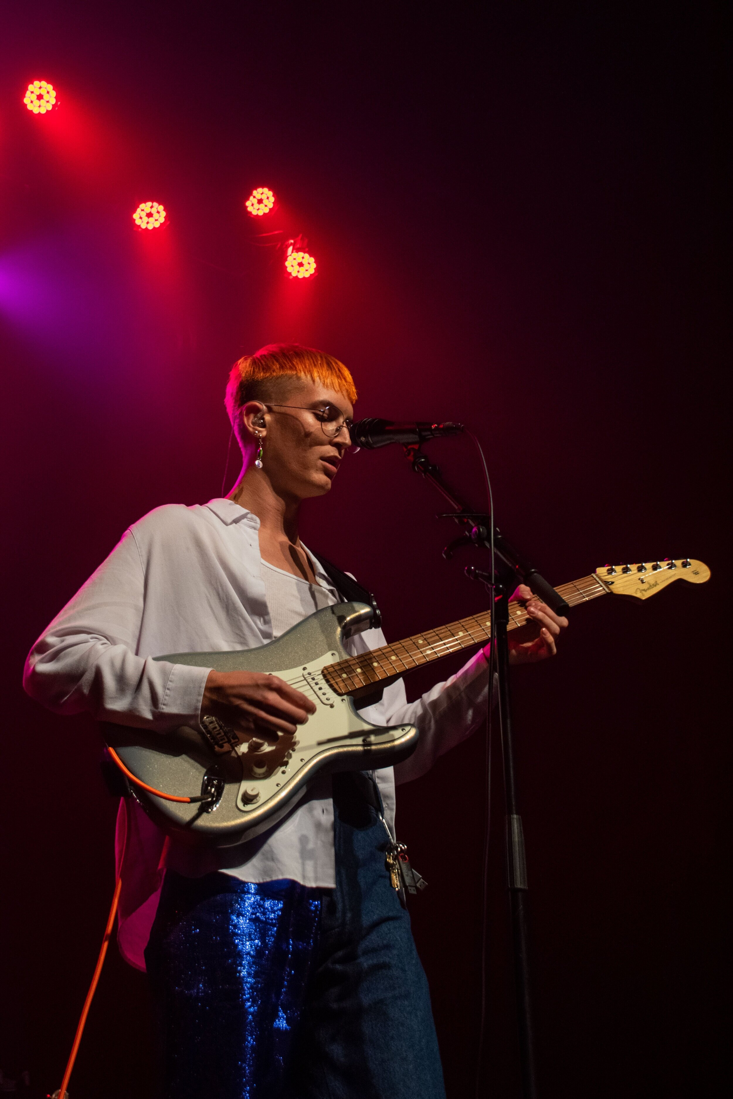 Gus Dapperton embodies a combination of eras and styles in his appearance, musical stylings and stage presence at The Fonda in Hollywood, Calif. on Oct. 15, 2019. ( Jackie Sedley / Culture Editor)